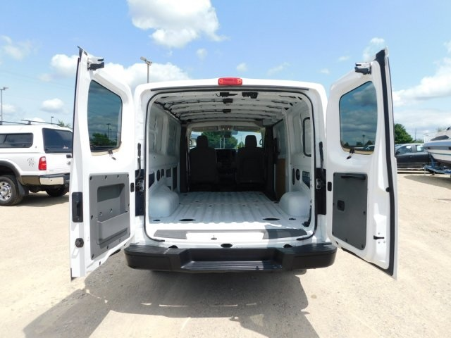 2017 NV2500,  Empty Cargo Van #FP12909 - photo 2