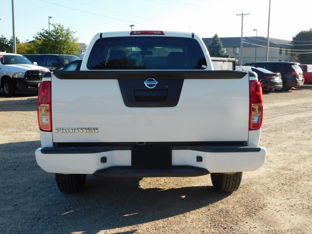 2017 Frontier King Cab 4x2,  Pickup #FP13081 - photo 4