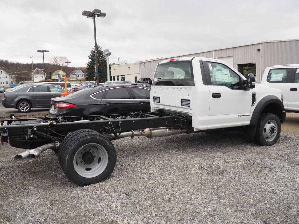 2018 F-550 Regular Cab DRW 4x4,  Cab Chassis #F18-68 - photo 2