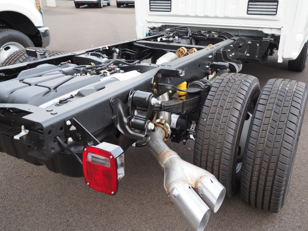 2019 F-350 Regular Cab DRW 4x4,  Cab Chassis #F19-11 - photo 4