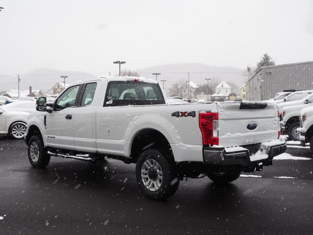 2019 F-250 Super Cab 4x4,  Pickup #F19-32 - photo 4