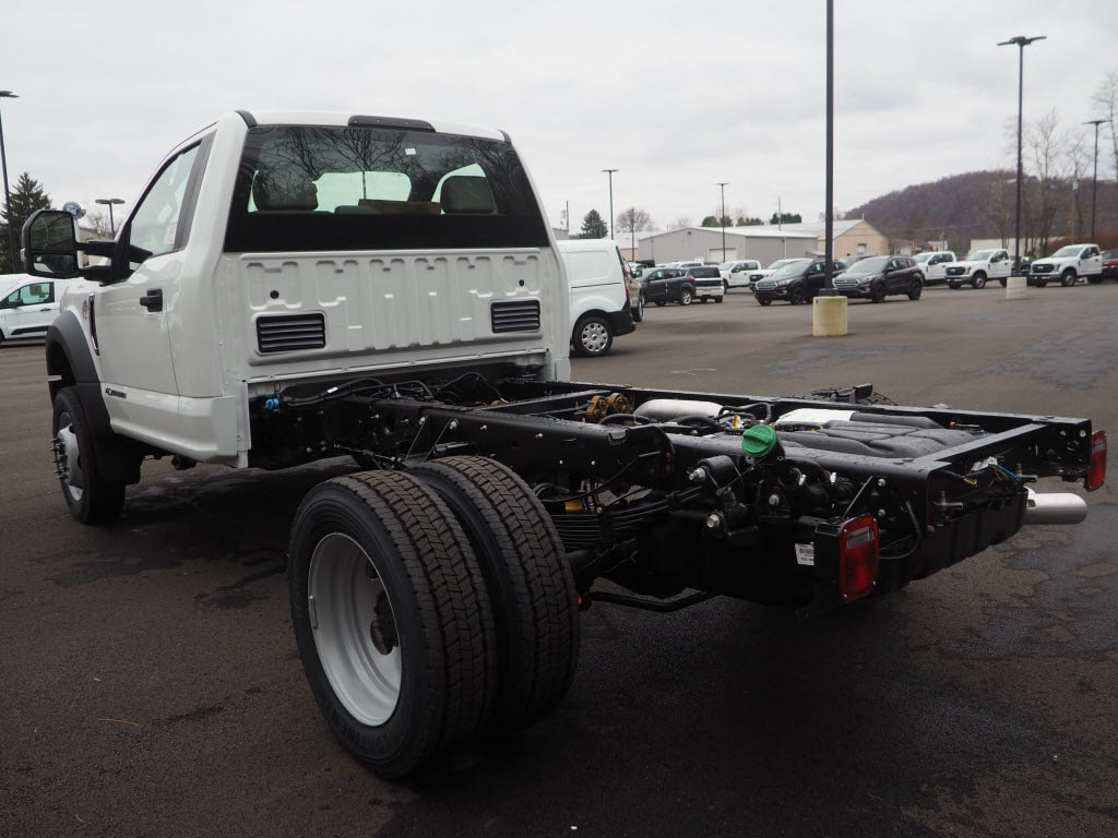 2019 F-550 Regular Cab DRW 4x4,  Cab Chassis #F19-33 - photo 4