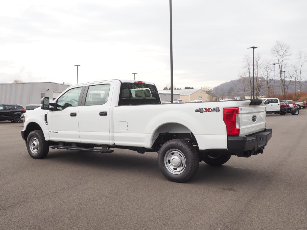 2019 F-250 Crew Cab 4x4,  Pickup #F19-39 - photo 4