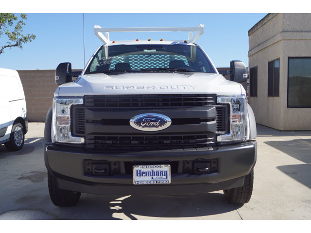 2019 F-450 Regular Cab DRW 4x2,  Scelzi Contractor Body #00119135 - photo 3