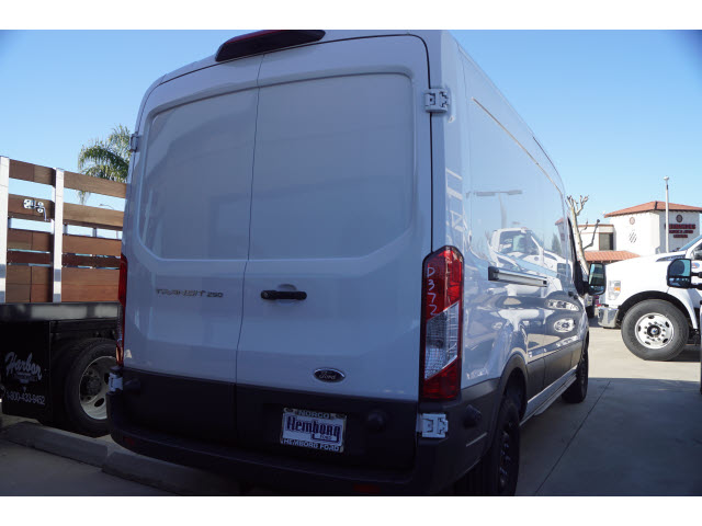 2018 Transit 250 Med Roof 4x2,  Empty Cargo Van #00119440 - photo 2