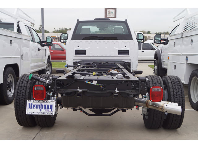 2019 F-450 Regular Cab DRW 4x2,  Cab Chassis #119204 - photo 6