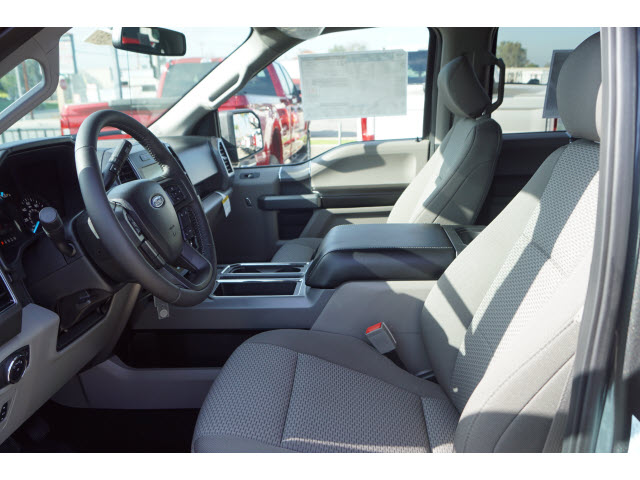 2018 F-150 SuperCrew Cab 4x2,  Pickup #218102 - photo 5