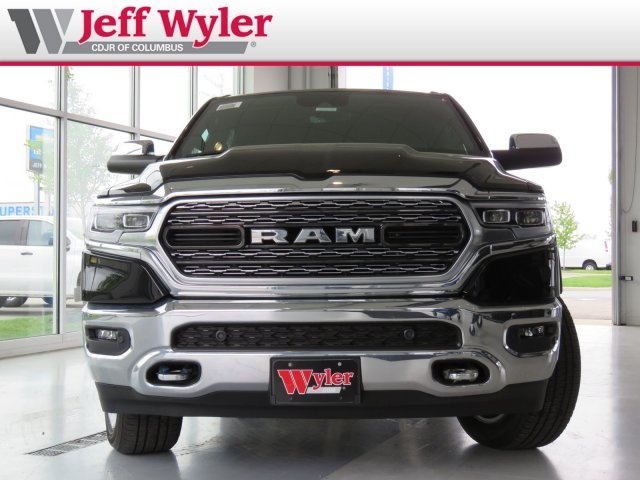 2019 Ram 1500 Crew Cab 4x4,  Pickup #5630168 - photo 12