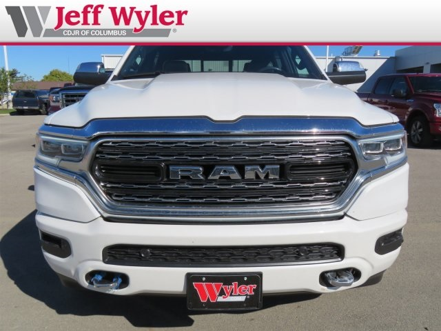 2019 Ram 1500 Crew Cab 4x4,  Pickup #5630177 - photo 3