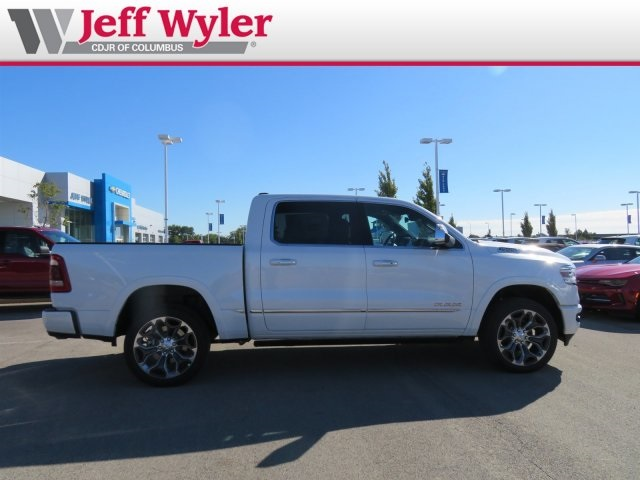 2019 Ram 1500 Crew Cab 4x4,  Pickup #5630177 - photo 5