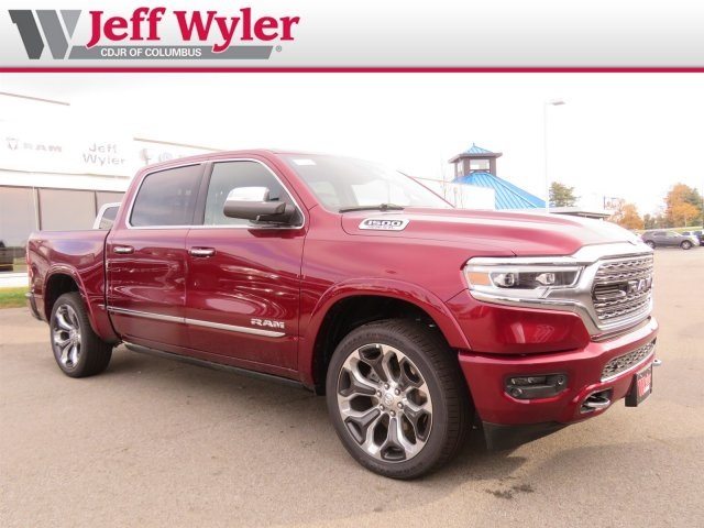 2019 Ram 1500 Crew Cab 4x4,  Pickup #5630237 - photo 4