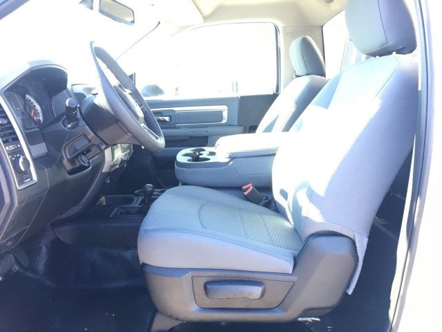 2018 Ram 4500 Regular Cab DRW 4x4,  Hillsboro 3500 Series Aluminum Platform Body #569640 - photo 5