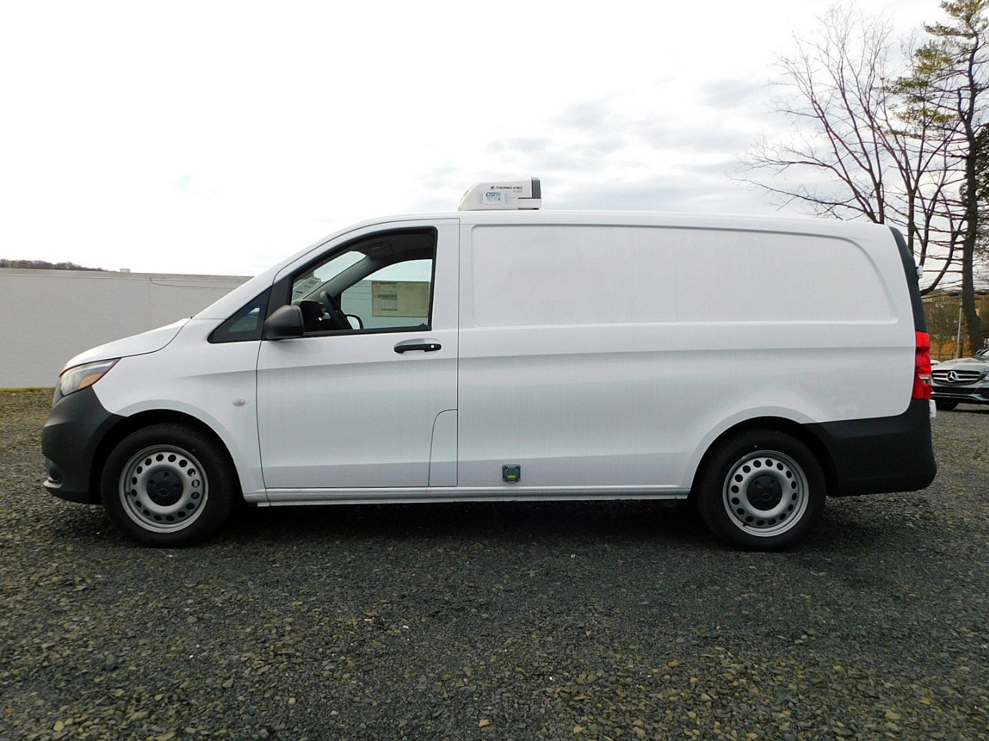 2017 Metris,  Thermo King Direct-Drive Upfitted Cargo Van #H3229132 - photo 12