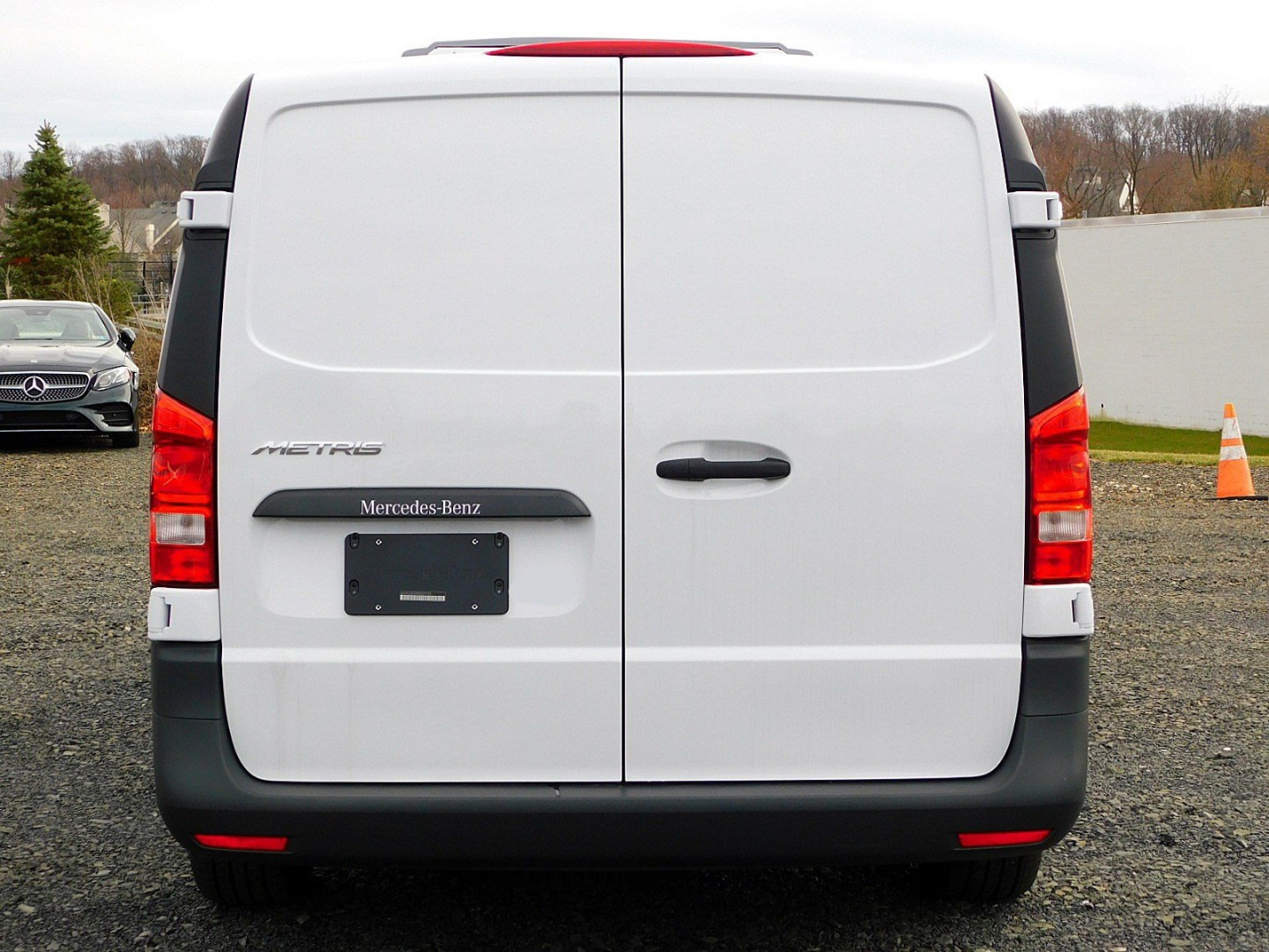 2017 Metris,  Thermo King Direct-Drive Upfitted Cargo Van #H3229132 - photo 8