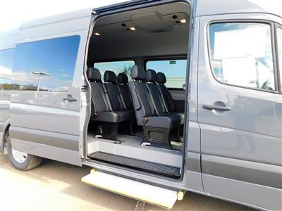 2018 Sprinter 2500 4x2,  Passenger Wagon #JP595655 - photo 3