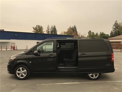 2018 Metris 4x2,  Passenger Wagon #M0094 - photo 3