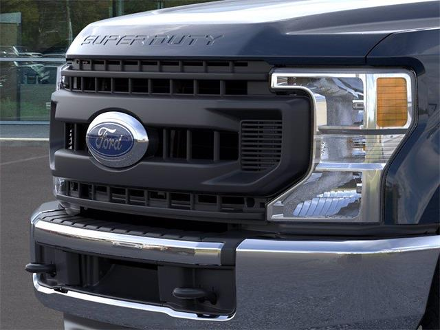 2021 Ford F-250 Crew Cab 4x2, Pickup #JD67629 - photo 17