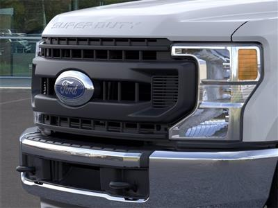 2020 Ford F-250 Crew Cab 4x2, Pickup #JD75571 - photo 17