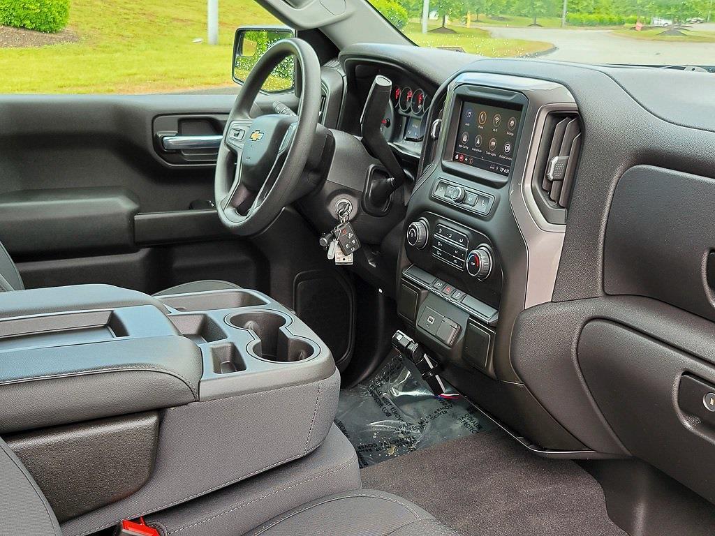 2020 Chevrolet Silverado 1500 Crew Cab 4x4, Pickup #JED5694A - photo 18