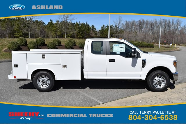 2019 F-250 Super Cab 4x2,  Reading SL Service Body #JEE28363 - photo 4