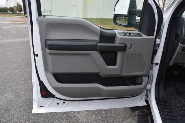 2019 F-550 Super Cab DRW 4x4, Reading SL Service Body #JG79791 - photo 16