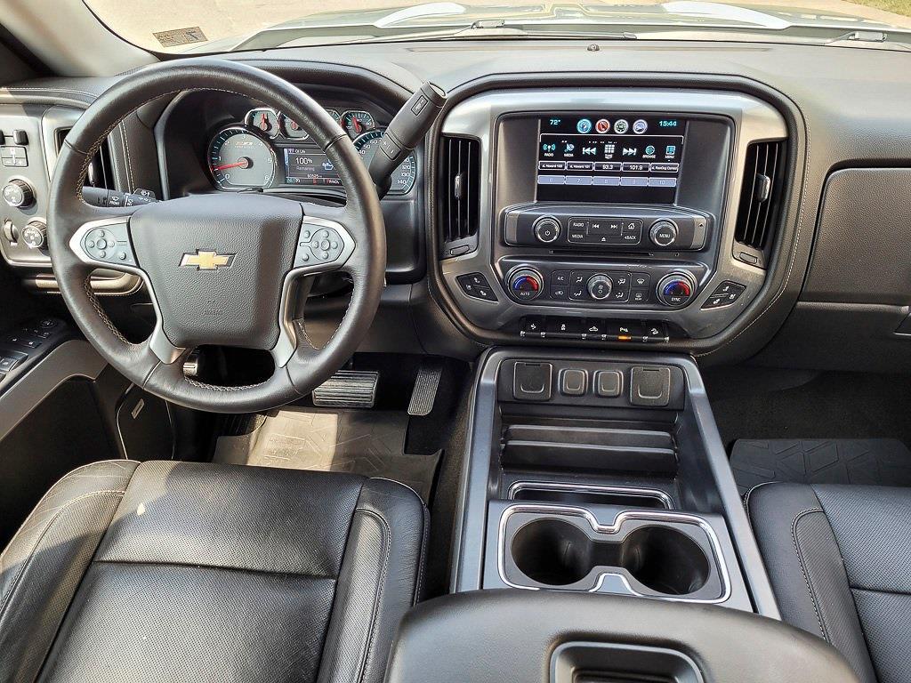 2018 Chevrolet Silverado 1500 Crew Cab 4x4, Pickup #JP2507 - photo 16
