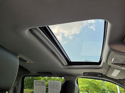 2018 Chevrolet Silverado 1500 Crew Cab 4x4, Pickup #JP2507 - photo 15