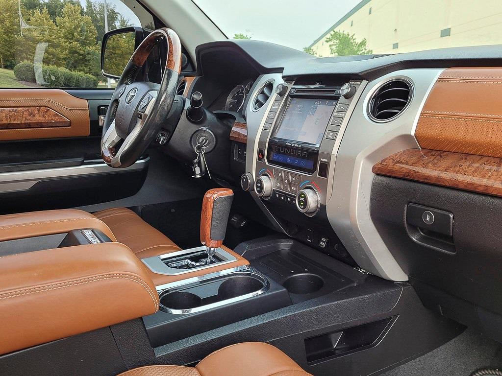 2014 Toyota Tundra Crew Cab 4x4, Pickup #JZ2512 - photo 16
