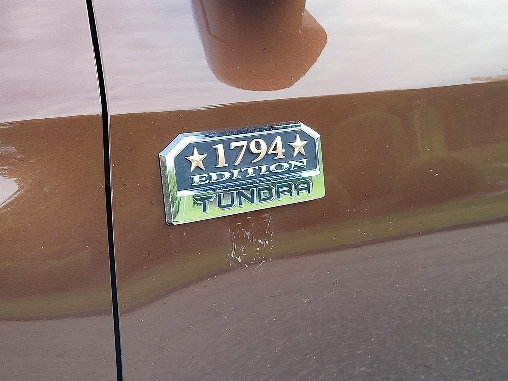 2014 Toyota Tundra Crew Cab 4x4, Pickup #JZ2512 - photo 5