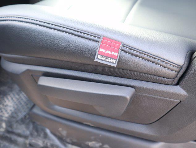 2021 Ram 5500 Regular Cab DRW 4x4,  Mechanics Body #600680 - photo 40