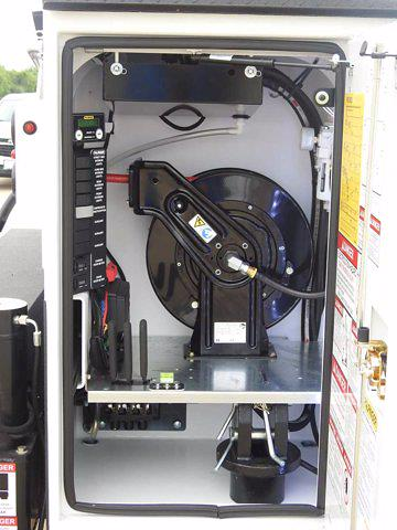 2021 Chevrolet Silverado 6500 Crew Cab DRW 4x4, Mechanics Body #614873 - photo 12