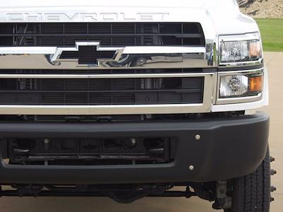 2021 Chevrolet Silverado 6500 Crew Cab DRW 4x4, Mechanics Body #614873 - photo 5
