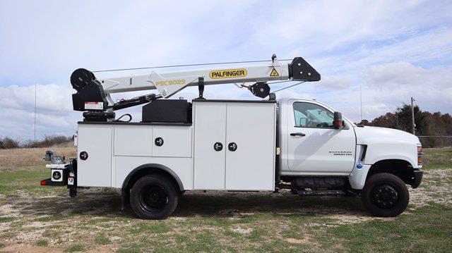 2021 Chevrolet Silverado 6500 Regular Cab DRW 4x4, Mechanics Body #641835 - photo 2