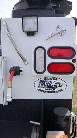 2021 Chevrolet Silverado 6500 Regular Cab DRW 4x4, Mechanics Body #641835 - photo 21