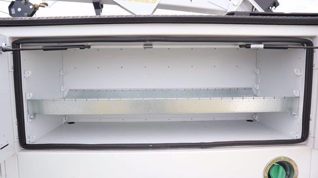 2021 Chevrolet Silverado 6500 Regular Cab DRW 4x4, Mechanics Body #641835 - photo 23