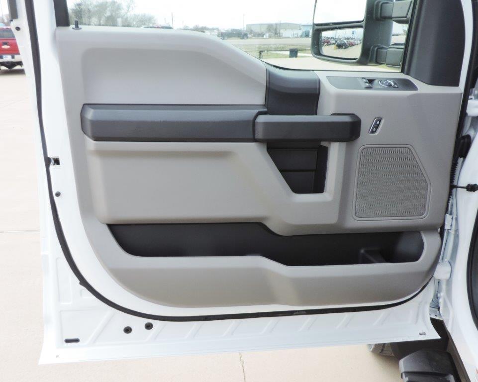 2019 F-550 Regular Cab DRW 4x4,  Palfinger Mechanics Body #A10626 - photo 48