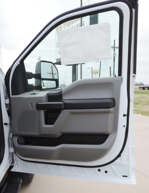 2019 F-550 Regular Cab DRW 4x4,  Palfinger Mechanics Body #A10626 - photo 56