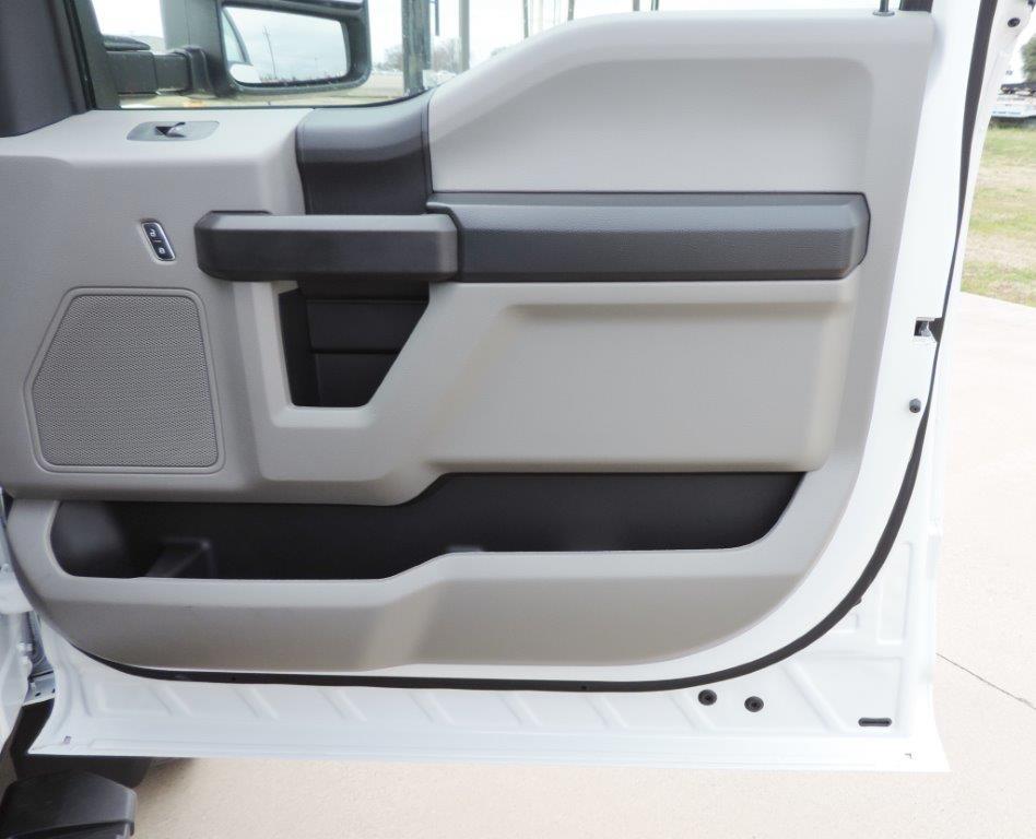 2019 F-550 Regular Cab DRW 4x4,  Palfinger Mechanics Body #A10626 - photo 57