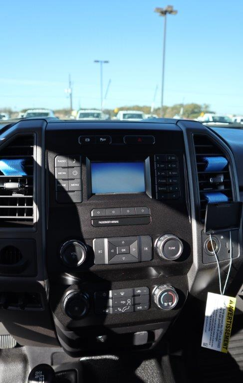 2019 F-350 Super Cab DRW 4x4, Palfinger Mechanics Body #D70383 - photo 27