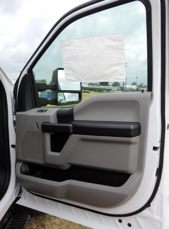 2019 F-550 Regular Cab DRW 4x4,  Palfinger PAL Pro 20 Mechanics Body #F01102 - photo 22