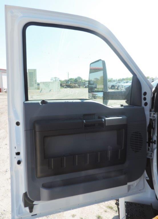 2019 F-750 Regular Cab DRW 4x2,  Palfinger PAL Pro 72 Mechanics Body #F05046 - photo 26