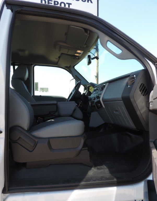 2019 F-750 Regular Cab DRW 4x2,  Palfinger PAL Pro 72 Mechanics Body #F05046 - photo 56