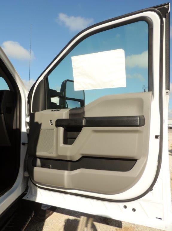 2019 F-550 Regular Cab DRW 4x4,  Palfinger PAL Pro 20 Mechanics Body #F39281 - photo 56