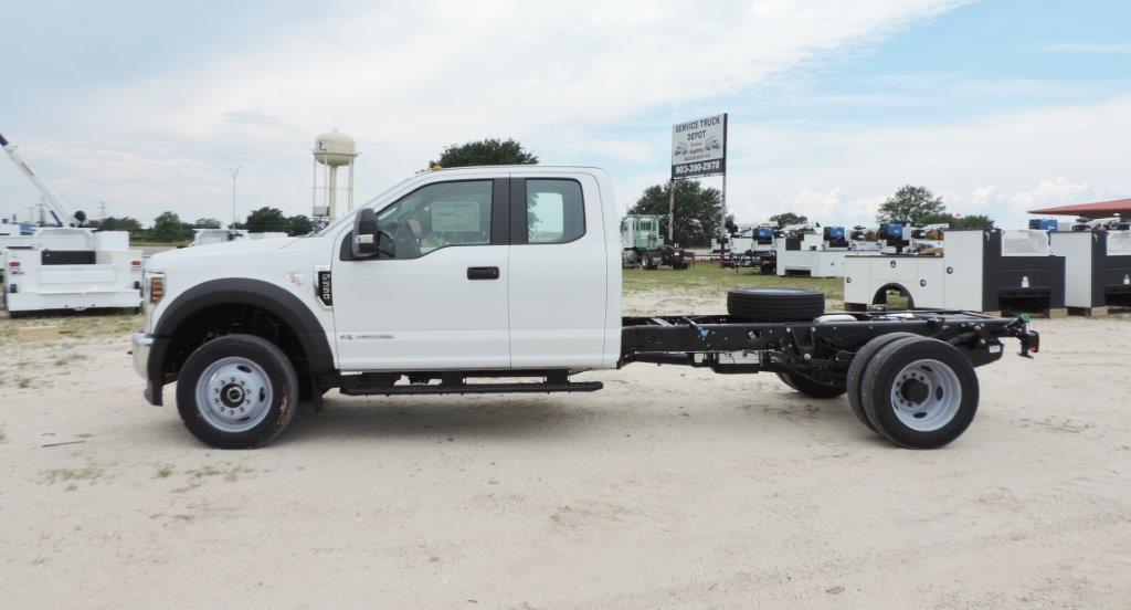 2019 F-550 Super Cab DRW 4x4,  Cab Chassis #F39285 - photo 1