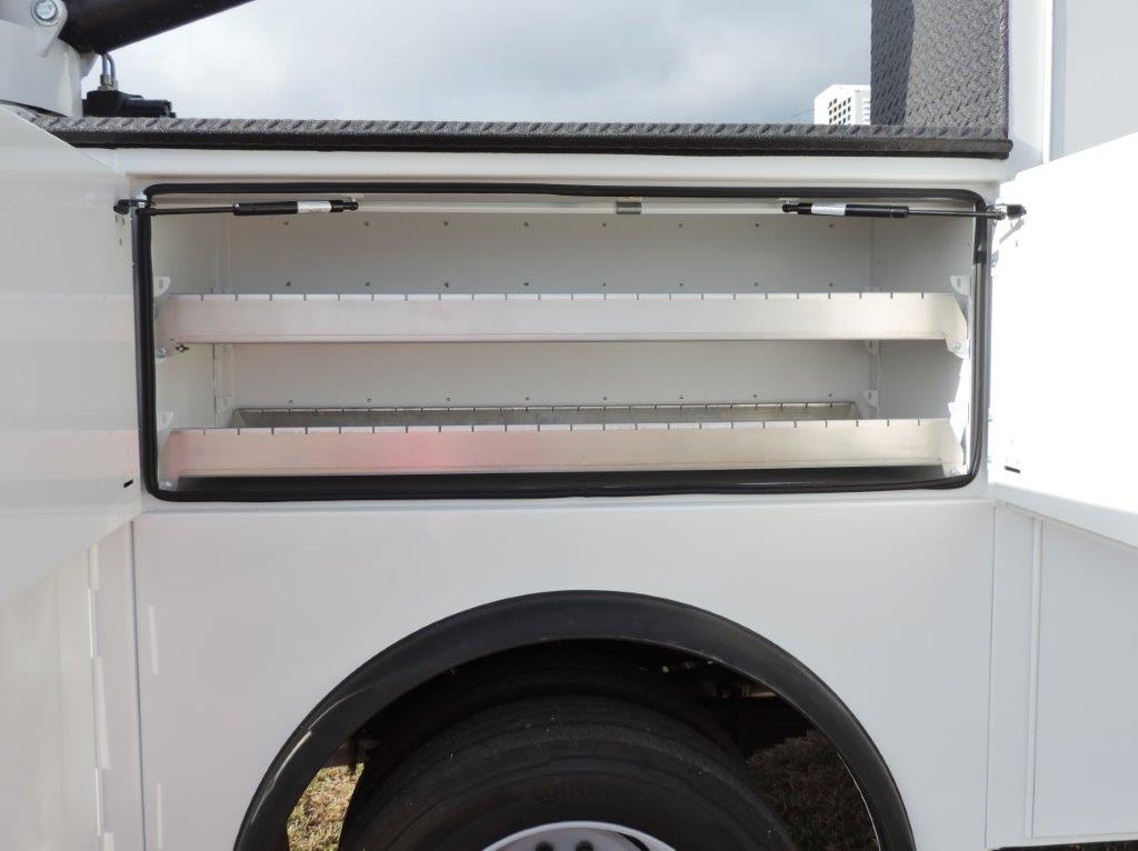 2019 F-550 Regular Cab DRW 4x4,  Palfinger PAL Pro 39 Mechanics Body #F72336 - photo 22