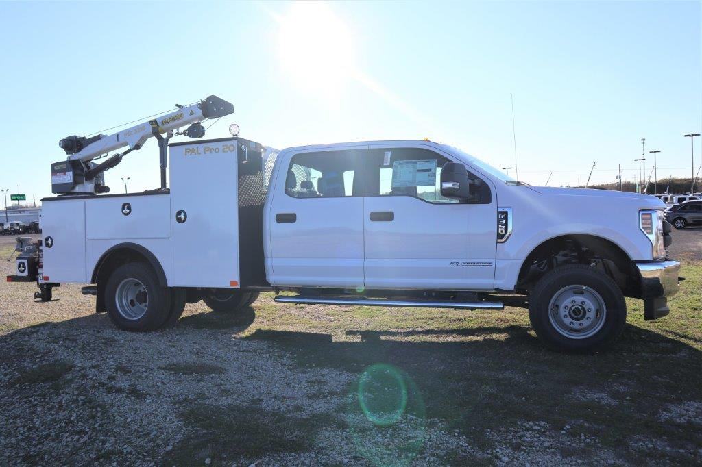 2019 F-350 Crew Cab DRW 4x4, Palfinger Mechanics Body #G40166 - photo 1