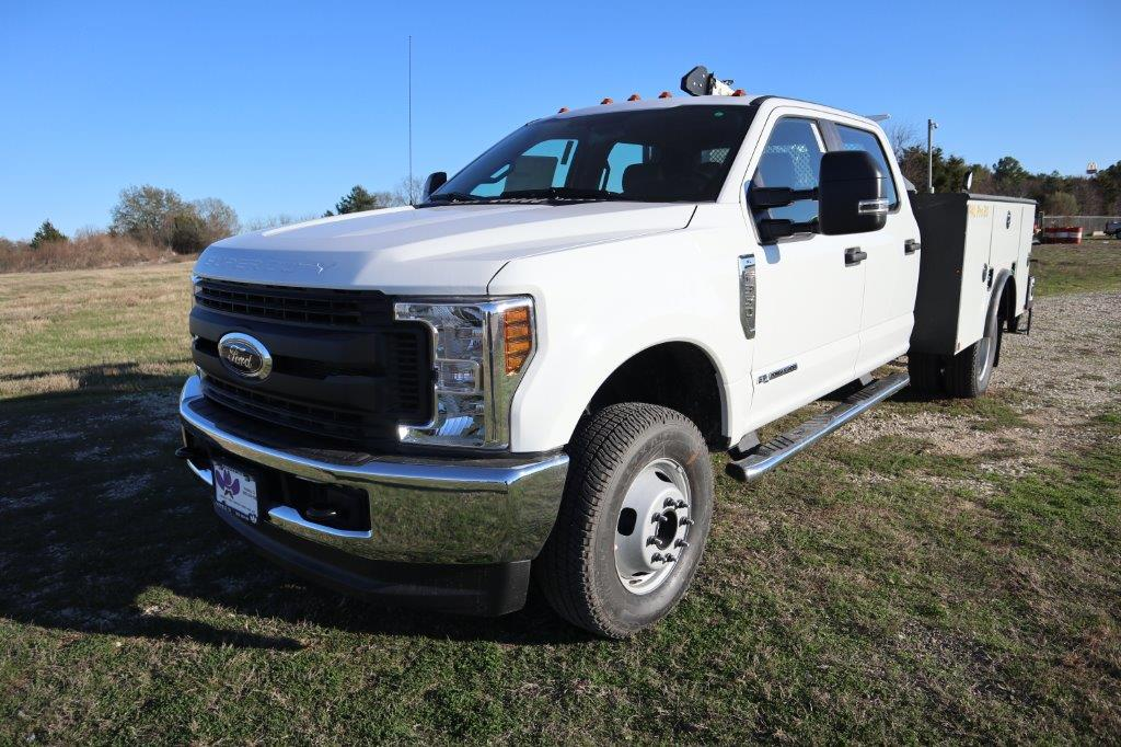 2019 F-350 Crew Cab DRW 4x4, Palfinger Mechanics Body #G40166 - photo 4