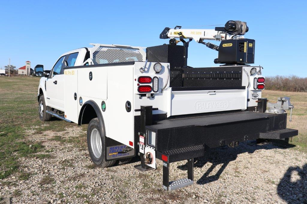 2019 F-350 Crew Cab DRW 4x4, Palfinger Mechanics Body #G40167 - photo 8