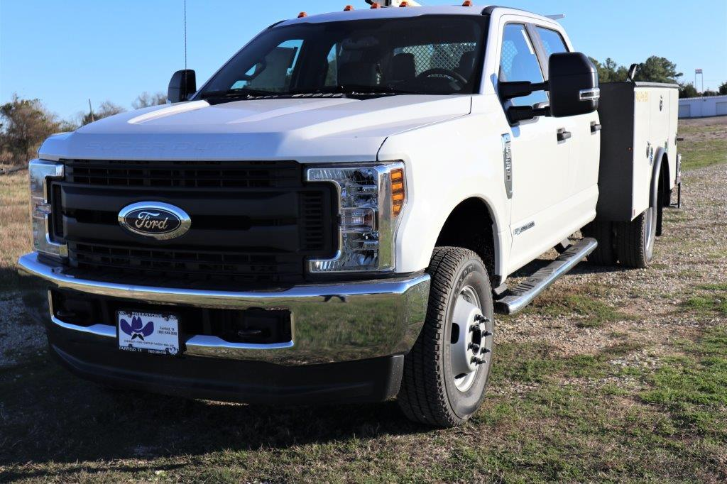 2019 F-350 Crew Cab DRW 4x4, Palfinger Mechanics Body #G40167 - photo 4