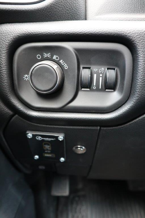 2020 Ram 5500 Regular Cab DRW 4x4, Palfinger PAL Pro 39 Mechanics Body #102499 - photo 19